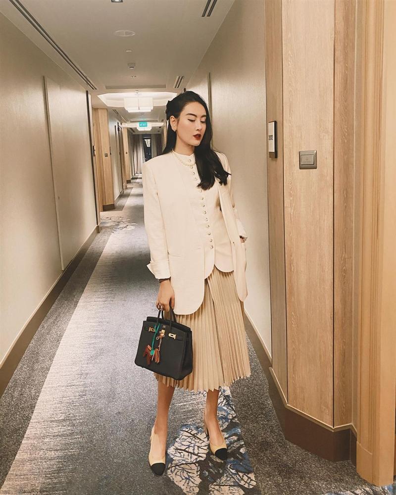 Đây là 4 mẫu chân váy tủ của các mỹ nhân Việt, chị em sắm theo thì sẽ mặc đẹp và sang mọi lúc mọi nơi-5