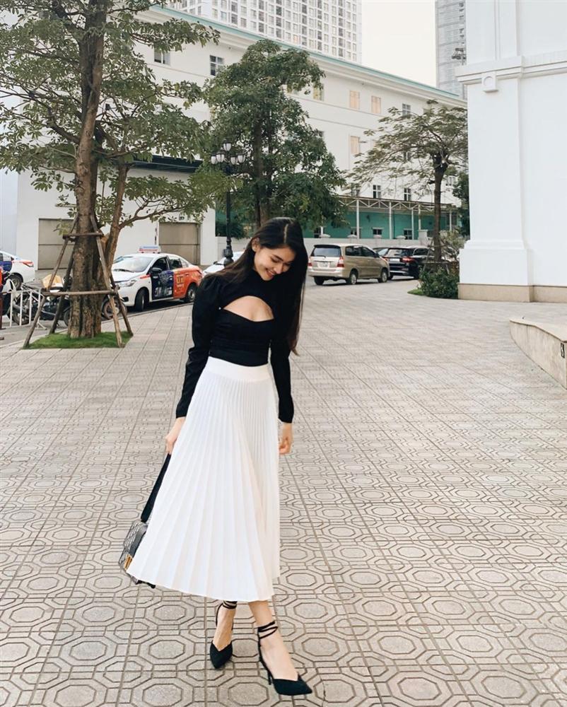 Đây là 4 mẫu chân váy tủ của các mỹ nhân Việt, chị em sắm theo thì sẽ mặc đẹp và sang mọi lúc mọi nơi-6