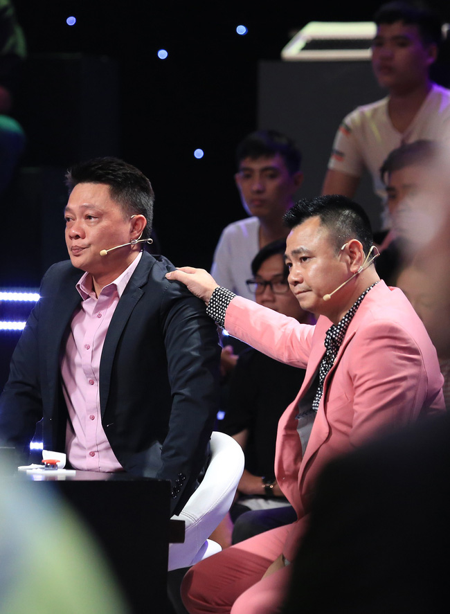 Ký ức vui vẻ: BTV Quang Minh xuất hiện, khiến Lại Văn Sâm lặng người vì câu chuyện về lá thư kỳ lạ-4