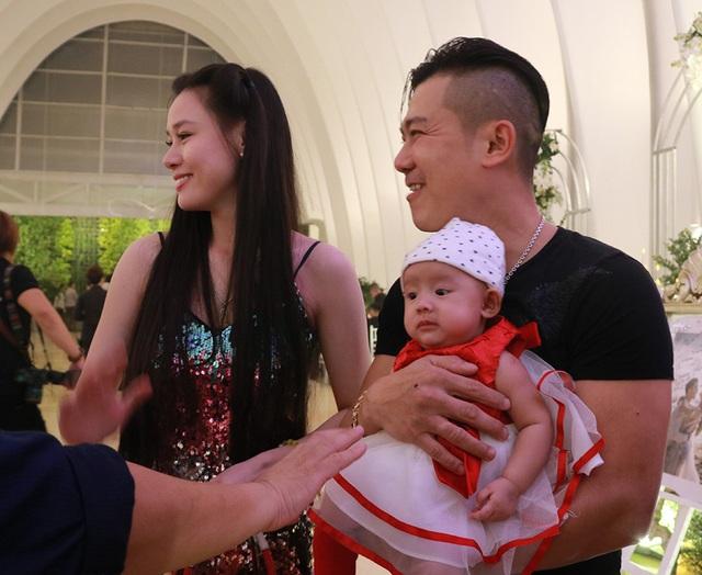 Cuộc sống mưu sinh xa vợ con trên đất Mỹ của ca sĩ Vân Quang Long-3