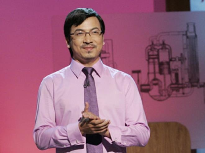 'Giáo sư Xoay' thay nhà báo Phan Đăng dẫn Ai là triệu phú-1