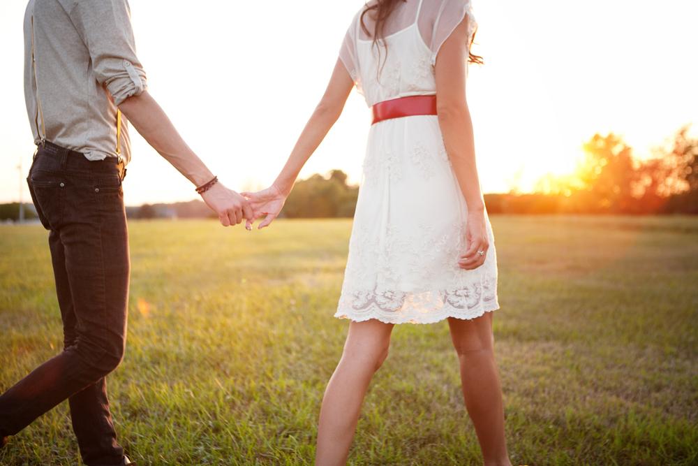 Anh họ yêu 13 năm vẫn không chịu cưới, lúc cùng nhau đi nhậu tâm sự tôi nghẹn ngào nghe anh tiết lộ lý do-1