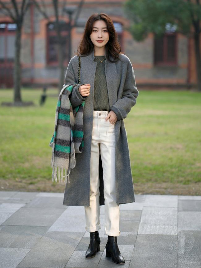 Street style trước thềm đi đón Giao thừa của các quý cô Châu Á: Dù trời lạnh vẫn mặc đẹp bất chấp-11