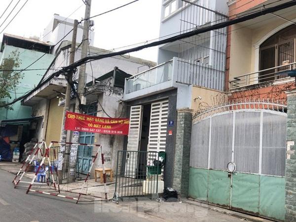 TP.HCM: Phong tỏa, cách ly ngôi nhà người phụ nữ nhập cảnh chui ở Q. Tân Phú-1