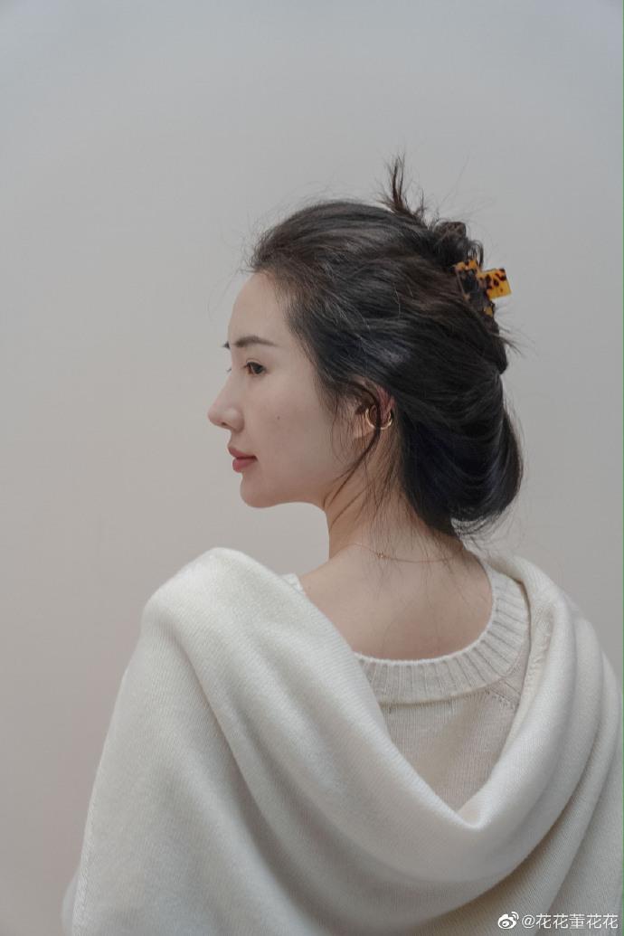 Sau 8 tháng đăng đàn bóc phốt chồng ngoại tình, vợ chủ tịch Taobao thăng hạng nhan sắc, vứt bỏ hình tượng bà nội trợ để làm doanh nhân-3