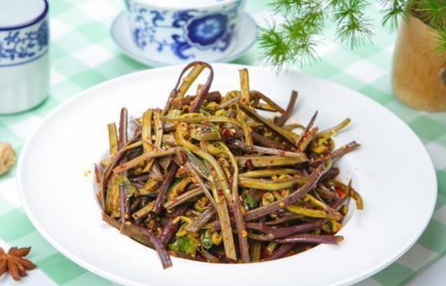 Đây là loại rau chứa chất gây ung thư cực mạnh mà WHO cảnh báo, người Việt nên cẩn trọng kẻo ăn nhầm-3