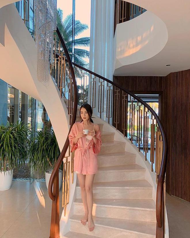 Những người đẹp Việt tậu biệt thự tiền tỷ trước tuổi 30: Hương Giang, Midu, Hương Tràm... ai giàu hơn ai?-6