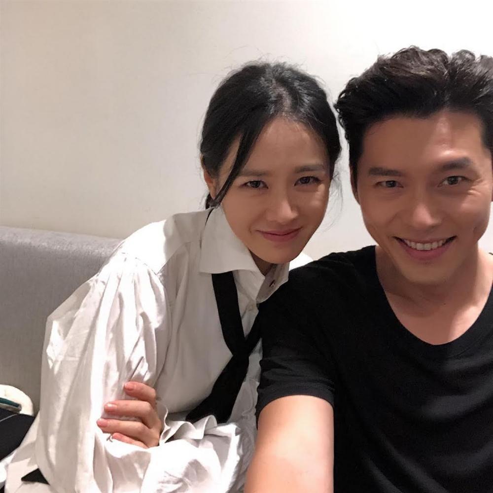 Trên phim ngọt 1, ngoài đời Hyun Bin và Son Ye Jin tình gấp 10 với loạt khoảnh khắc cẩu lương-4