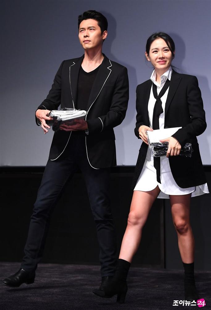 Trên phim ngọt 1, ngoài đời Hyun Bin và Son Ye Jin tình gấp 10 với loạt khoảnh khắc cẩu lương-9