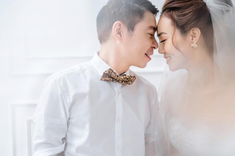 Con gái của NSND Công Lý và vợ đầu chia sẻ cảm xúc khi bố kết hôn lần 3: Cảm xúc hơi khó nói-1
