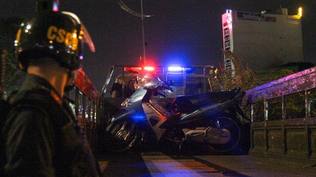 Buồn chuyện tình cảm, người đàn ông lao xe máy vào CSGT… tìm cái chết-2