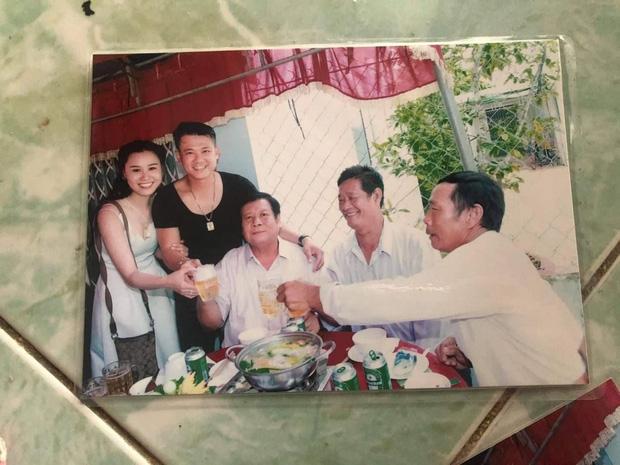 Không chấp nhận, bố ruột vẫn xuất hiện trong lễ ăn hỏi của Vân Quang Long với Linh Lan và tiệc thôi nôi cháu gái-2