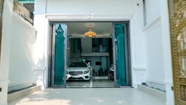 Cận cảnh căn nhà 4 tỷ như cung điện trắng của Youtuber NTN giữa lòng thành phố Thái Bình-5