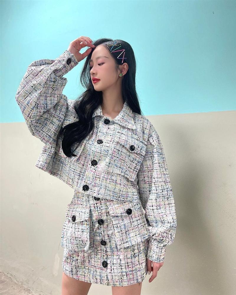 Học cách sao Việt diện áo khoác vải tweed để vừa hack dáng đỉnh cao mà điểm sang chảnh cũng tăng vù vù-6