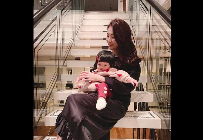 Nhà của Hoa hậu Đặng Thu Thảo: Biệt thự bề thế số 1 Sài Gòn, view bao trọn thành phố-11