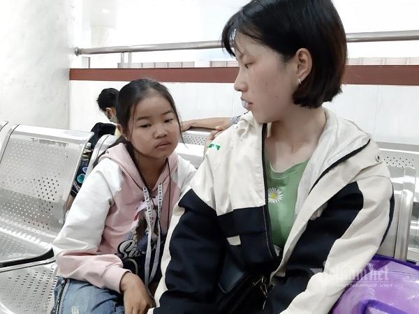 Xót xa bé gái bị mẹ bỏ rơi, nay suy thận giai đoạn cuối-3