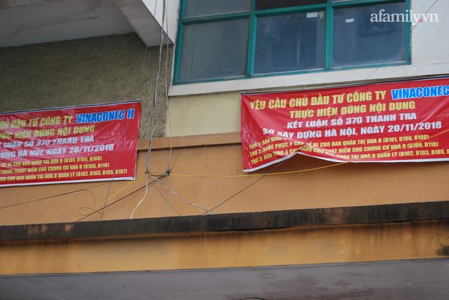 Mục sở thị khu chung cư biết tự đẻ thêm căn hộ ở Hà Nội: Nhếch nhác vì xuống cấp trầm trọng, 5 năm đi kiện chủ đầu tư vẫn phớt lờ-8