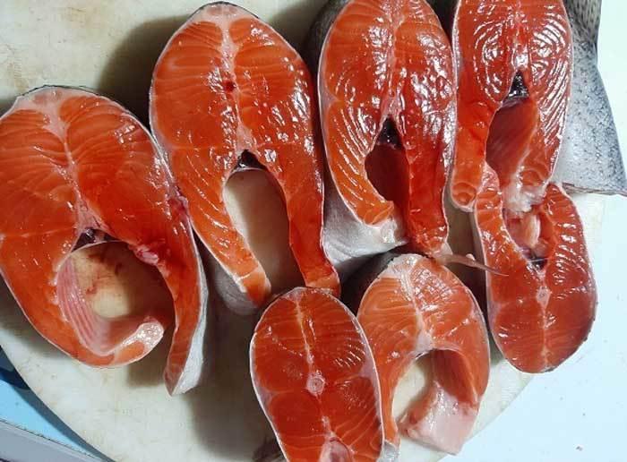 Cá hồi Sa Pa lại siêu rẻ, 1 năm 2 đợt giảm sốc, dân nuôi lỗ nặng-1