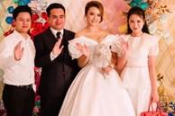 Phan Thành - Primmy Trương rủ nhau đi ăn cưới, dân tình kiên trì muốn biết: Bao giờ tới lượt anh chị?
