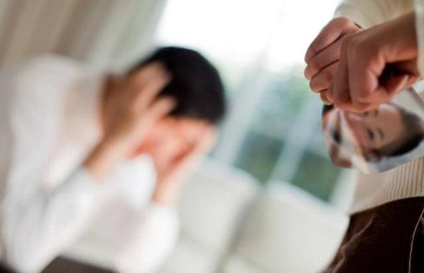 Vụ kiện cân não đầu năm mới: Vừa mang thai sau khi kết hôn chưa lâu, vợ ngã ngửa vì biết chồng mắc bệnh AIDS từ nhiều năm trước-2