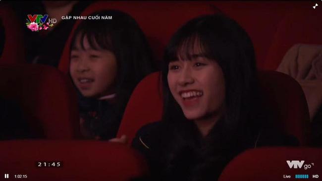 Nữ sinh đi xem Táo quân nổi tiếng 2 năm trước: Nhan sắc hiện tại vẫn gây bão nhưng thành tích học tập mới đáng nể-1