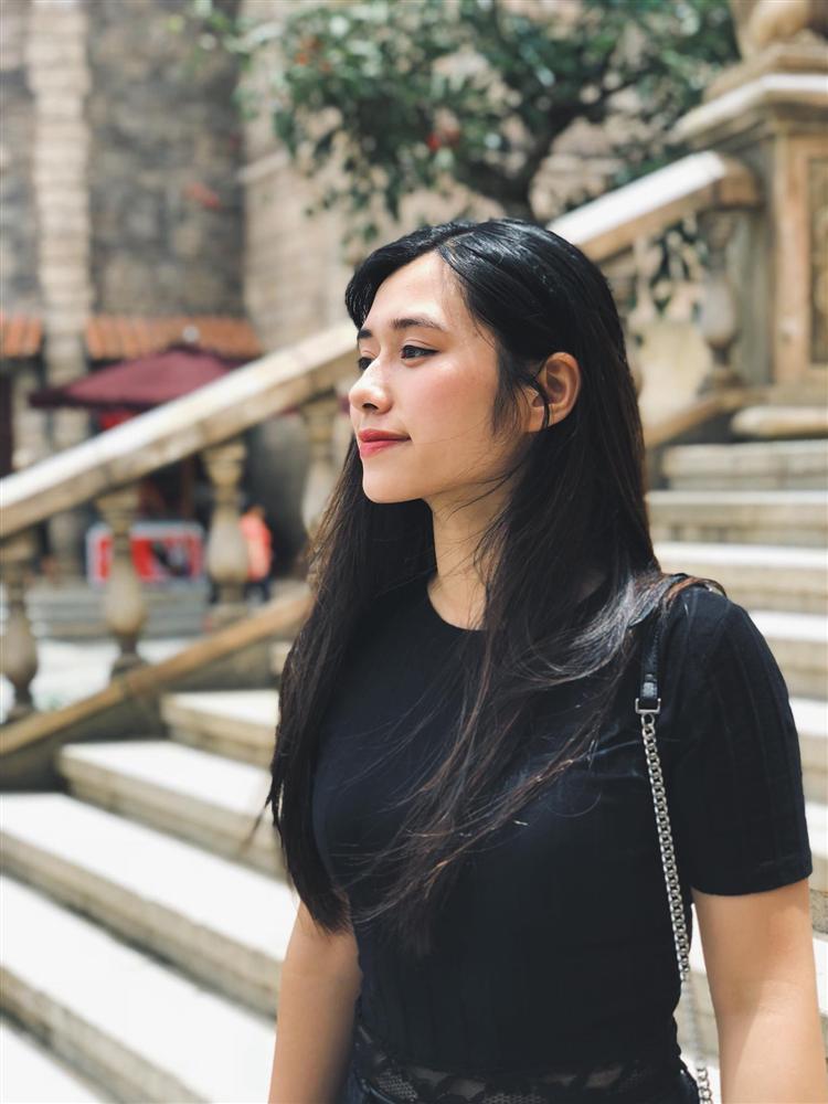Nữ sinh đi xem Táo quân nổi tiếng 2 năm trước: Nhan sắc hiện tại vẫn gây bão nhưng thành tích học tập mới đáng nể-3