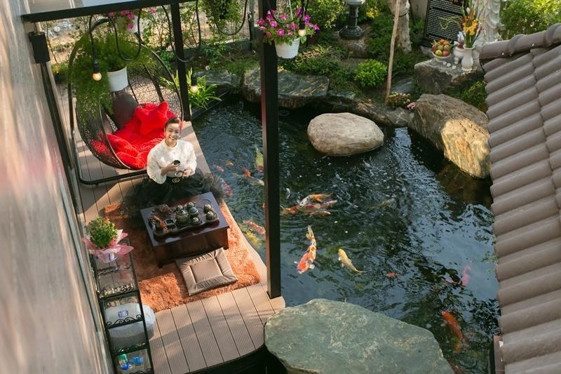 Bên trong biệt thự 20 tỉ có vườn, hồ cá của ca sĩ Nhật Kim Anh-1