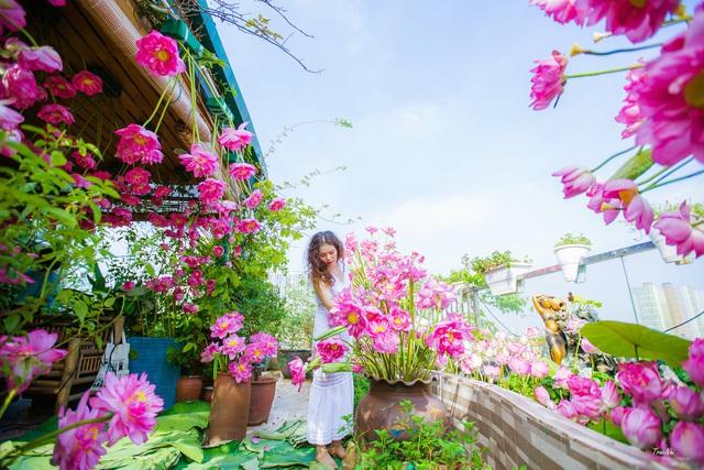 Vườn hoa 200m2 trên sân thượng, đẹp như tiên cảnh của mẹ đảm Hà thành-8
