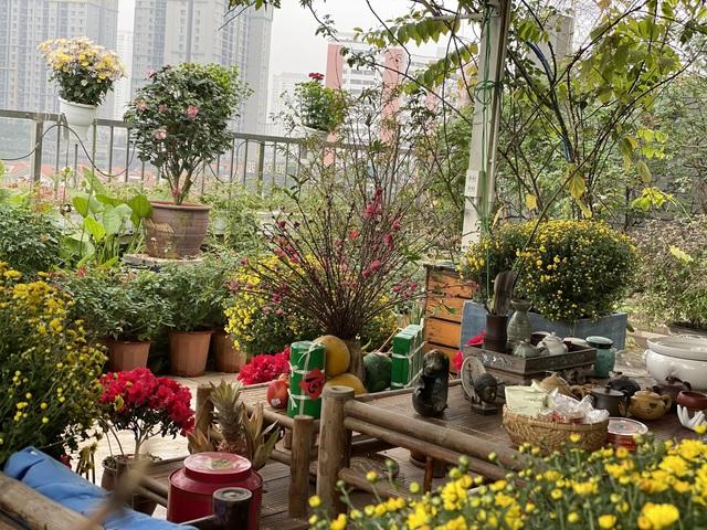 Vườn hoa 200m2 trên sân thượng, đẹp như tiên cảnh của mẹ đảm Hà thành-10