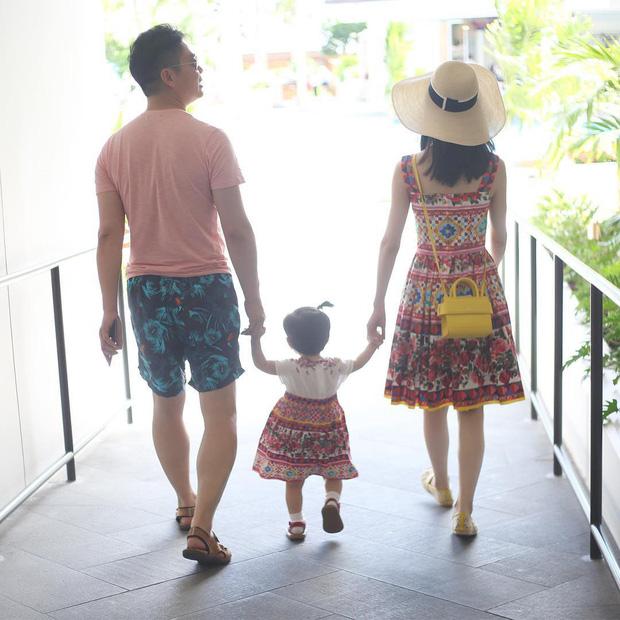 Hotgirl trà sữa và cuộc hôn nhân với tỷ phú hơn 19 tuổi: Cưới được 6 tháng đã sinh con, êm ấm vài năm rồi đối mặt với hàng loạt bão táp vì chồng!-10