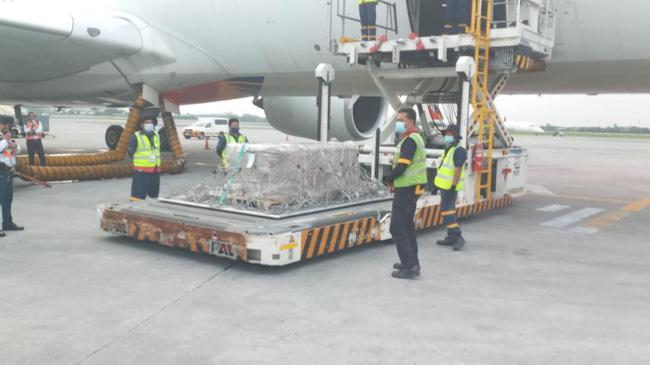 Chuyến bay cuối cùng của Á hậu Philippines: Thi hài nằm trong quan tài lạnh lẽo được đưa về quê nhà, tang lễ riêng tư đẫm nước mắt-3