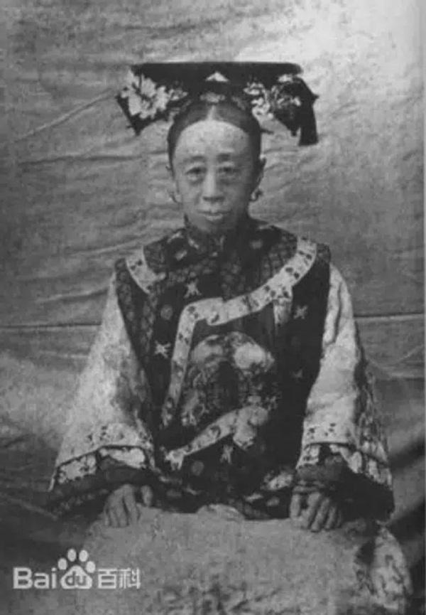 Công chúa cuối cùng của triều Thanh: 17 tuổi thành góa phụ, dám phê bình thói xa xỉ của Từ Hi Thái hậu khiến bà câm nín nhưng vẫn nể sợ-1