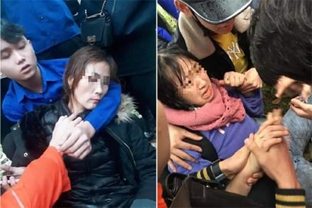 Hai mẹ con nghi bị chuốc thuốc mê, hoảng loạn nằm bên đường