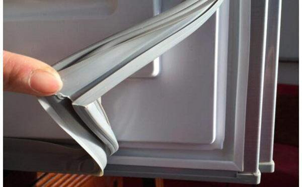 Mẹo giúp lỗ thoát nước của tủ lạnh sử dụng tốt, không bị đóng băng-6
