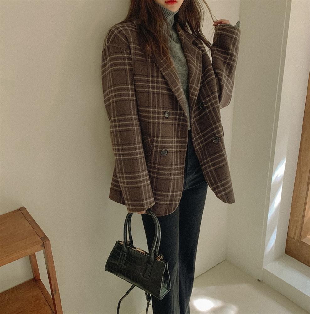 4 items được hội fashionista mặc đi mặc lại, khẳng định đã sắm là không hối hận vì style sẽ lên tầm cao mới-1