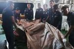 Vụ máy bay rơi ở Indonesia: Hành động bất thường của vợ cơ trưởng và bài đăng cuối cùng của 3 mẹ con hành khách trước khi lên chuyến bay định mệnh-6