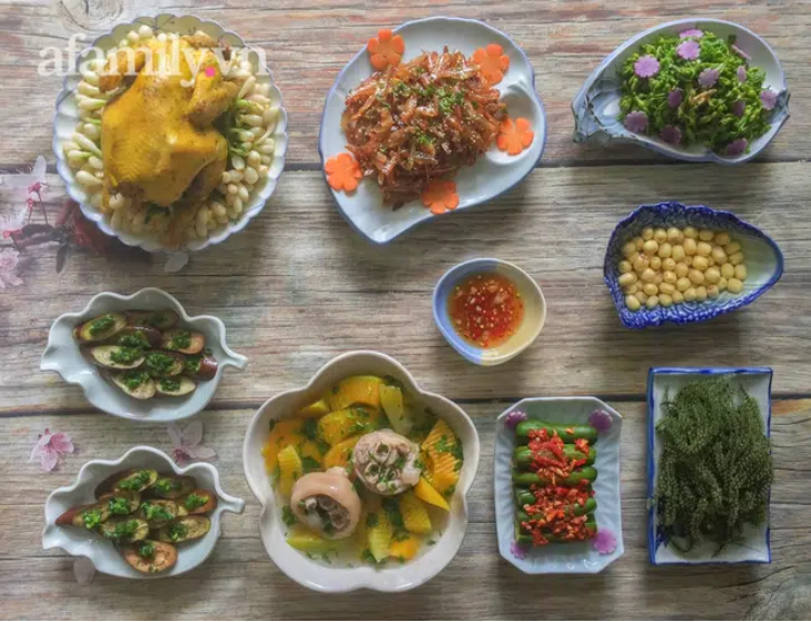 Mâm cơm 8 món ngon đẹp mà nấu không khó để các mẹ đổi món cho cả nhà dịp cuối tuần-1