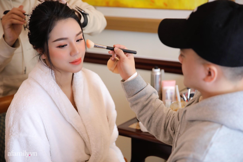 Hình ảnh đầu tiên của cặp đôi Bùi Tiến Dũng - Khánh Linh ở khách sạn tổ chức đám cưới tại Hà Nội, nhan sắc cô dâu xinh đến ngỡ ngàng-6