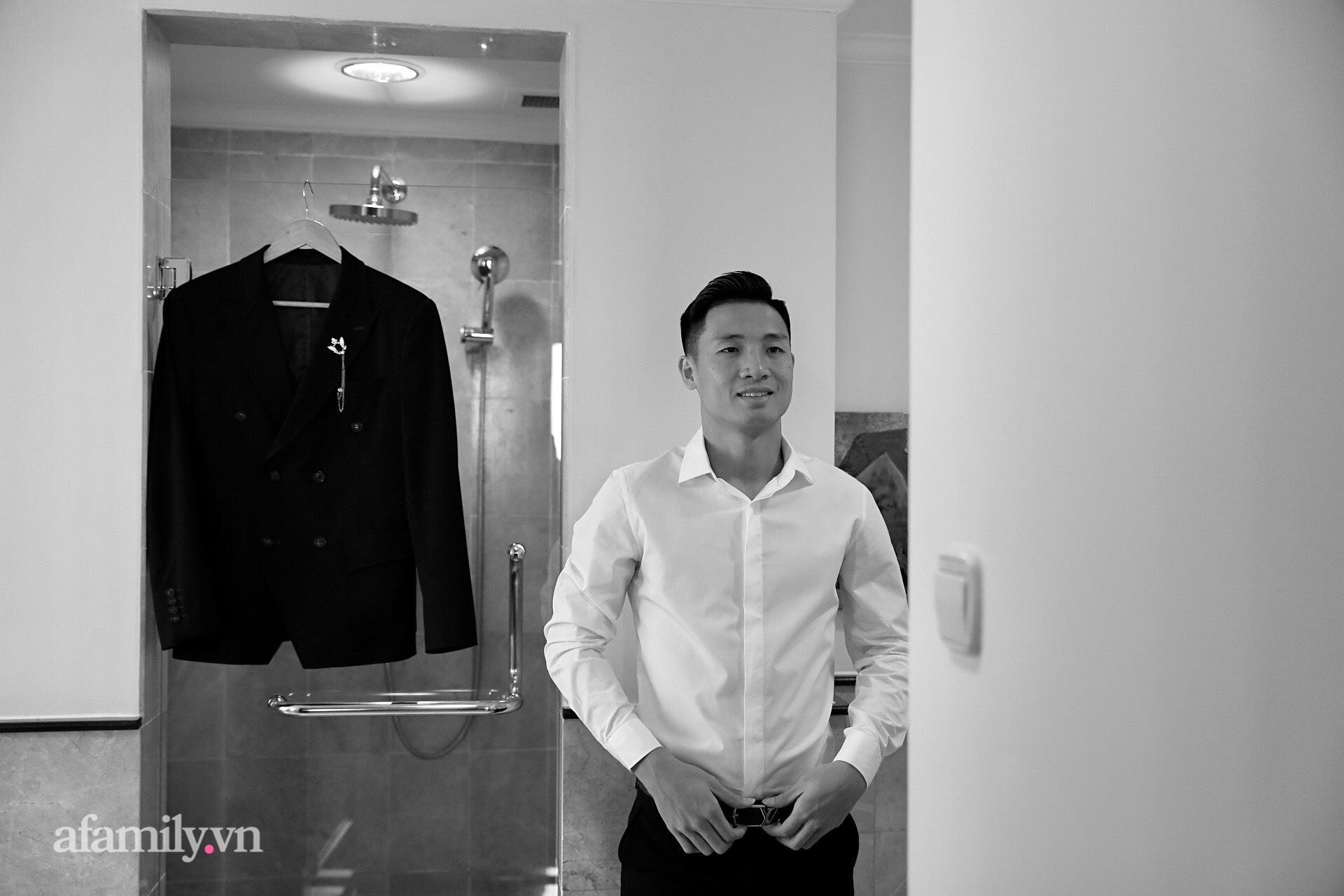 Hình ảnh đầu tiên của cặp đôi Bùi Tiến Dũng - Khánh Linh ở khách sạn tổ chức đám cưới tại Hà Nội, nhan sắc cô dâu xinh đến ngỡ ngàng-2