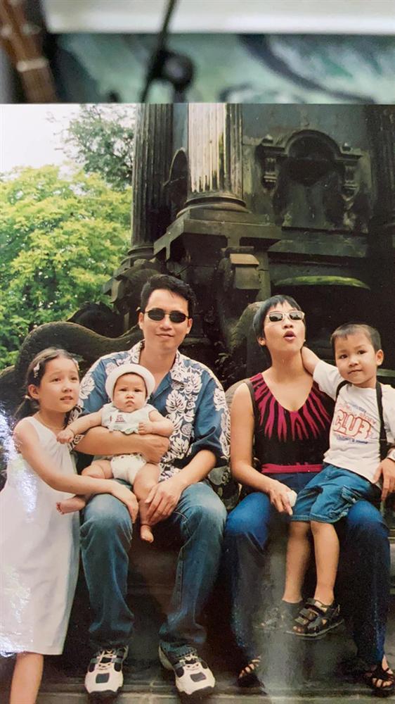 Diva Mỹ Linh khoe ảnh cưới trong trẻo, tiết lộ đã 23 năm vẫn ngủ chung giường cùng nhạc sĩ Anh Quân-2