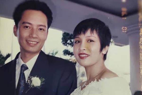 Diva Mỹ Linh khoe ảnh cưới trong trẻo, tiết lộ đã 23 năm vẫn ngủ chung giường cù