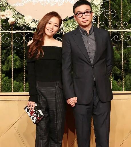 Ba đôi vợ chồng dự lễ cưới của Huỳnh Hiểu Minh đều chia tay ồn ào-5