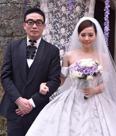 Ba đôi vợ chồng dự lễ cưới của Huỳnh Hiểu Minh đều chia tay ồn ào-6