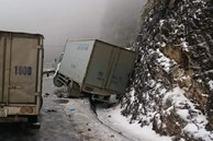 Cảnh báo: Mọi tài xế đặc biệt thận trọng khi đi Sa Pa bởi đã có nhiều ô tô gặp nạn do đường băng tuyết trơn trượt