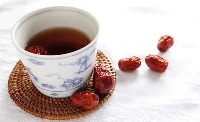Kiên trì uống loại trà này trong 2 tuần, chị em sẽ thấy nhan sắc của mình lên hương đáng kể!-3