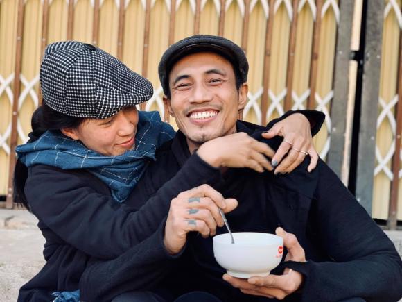 Vợ Phạm Anh Khoa tiết lộ chồng từng dọn đến khu phố nghèo sống sau khi sóng gió ập đến-1