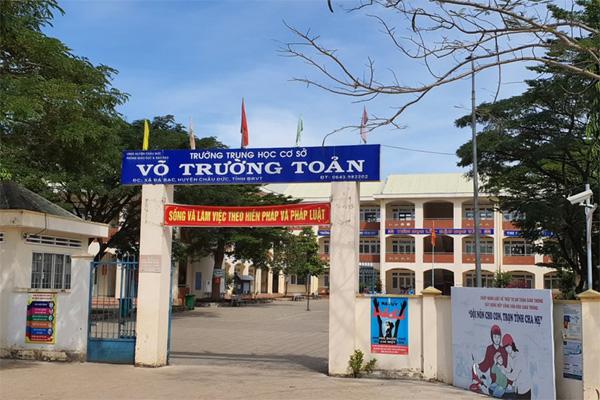 Học sinh lớp 7 tại Bà Rịa - Vũng Tàu tự sinh con trong phòng tắm | Tin tức Online