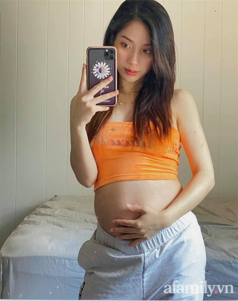 Hot mom có gần 200 nghìn người theo dõi trên MXH: Mang thai đến tháng cuối chỉ tăng 10kg, chỉ cách ăn uống vào con đơn giản không tưởng-2