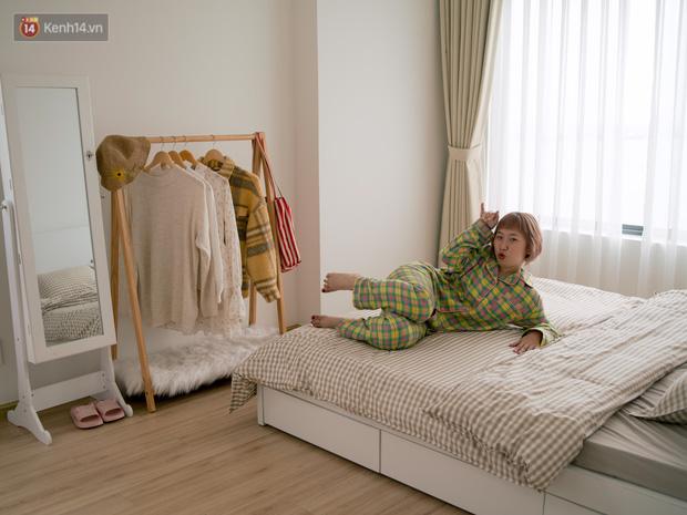 Trang Hý chơi sang ở một mình một nhà rộng 120m2 với 3 phòng ngủ, nội thất rẻ đến bất ngờ-7