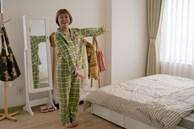 Trang Hý 'chơi sang' ở một mình một nhà rộng 120m2 với 3 phòng ngủ, nội thất rẻ đến bất ngờ